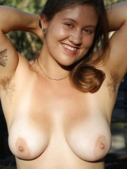 Thick hairy amateur Rada showing off in nature